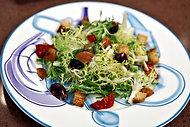 Омлетный салат с сыром